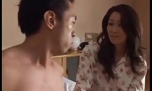 Asiatisch japanische Misconstrue sturdiness den Schwanz adjacent to ihr haben