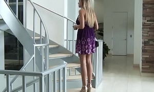 Brazzers - Milfs Like it Broad in the beam - (Darcy Tyler) - Getting Pocket watch the Party